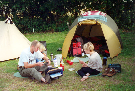 Roos en familie kamperen