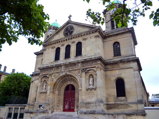 Christoffel gespot in Parijs