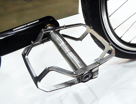 vp-blade-titanium-pedaal-01