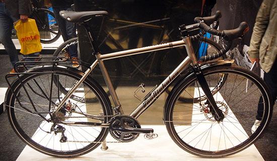 Van nicholas amazon wordt steeds mooier sint christophorus for Minimalistische fiets