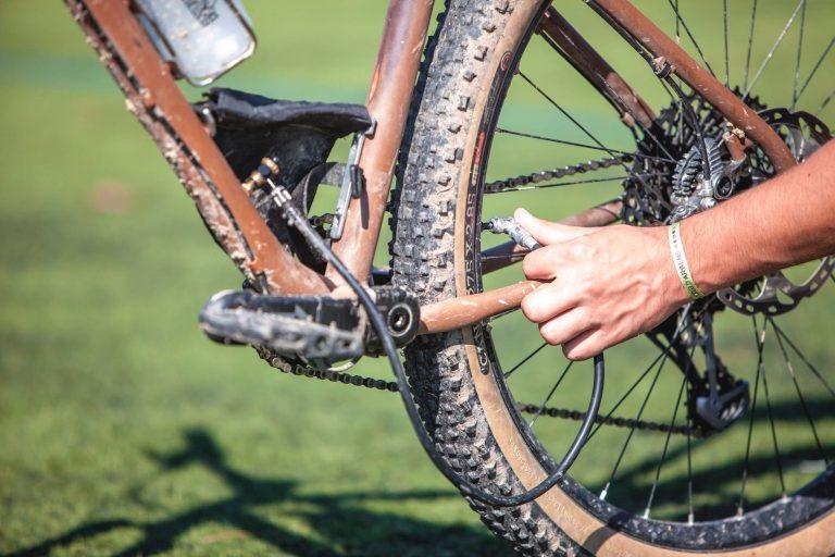 fietspomp + fiets = fietspompfiets